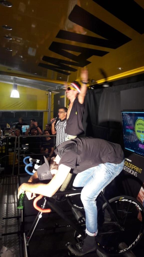Soirée Gold Sprint Challenge sur le stand Maavic au rock d'azur